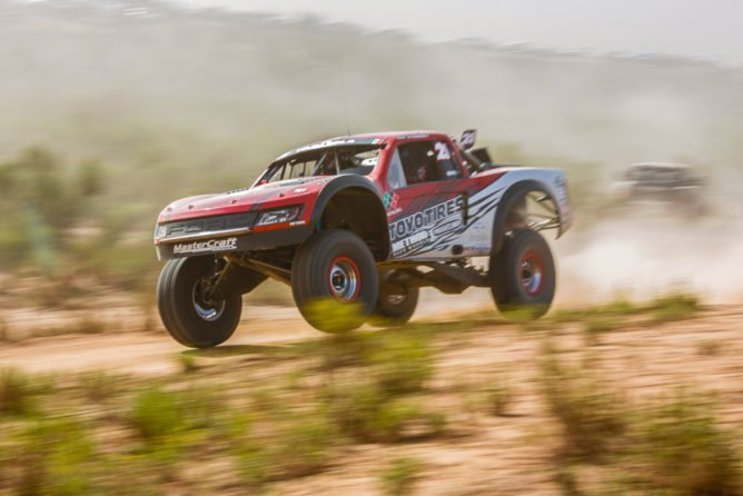 King Shocks and Tavo Vildosola Take the Overall Win at the 2016 Baja 500